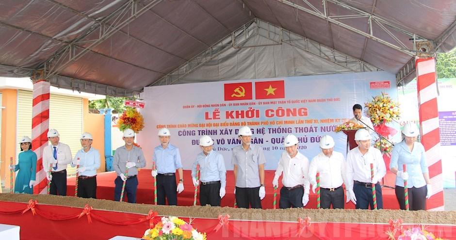Khởi công xây dựng hệ thống thoát nước đường Võ Văn Ngân